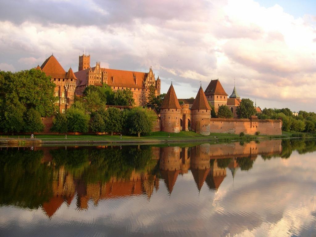 turismo polonia castillo malbork